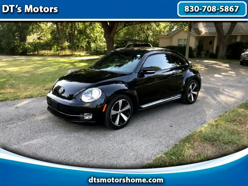 Volkswagen Beetle 2.0T Turbo w/Sunroof & Sound 2012