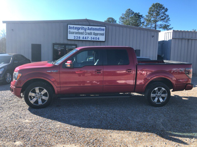 """2012 Ford F-150 2WD SuperCab 145"""" FX2"""