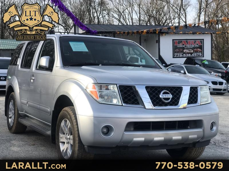 Nissan Pathfinder XE 2WD 2005