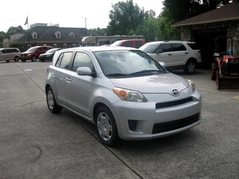 2010 Scion xD 5-Door