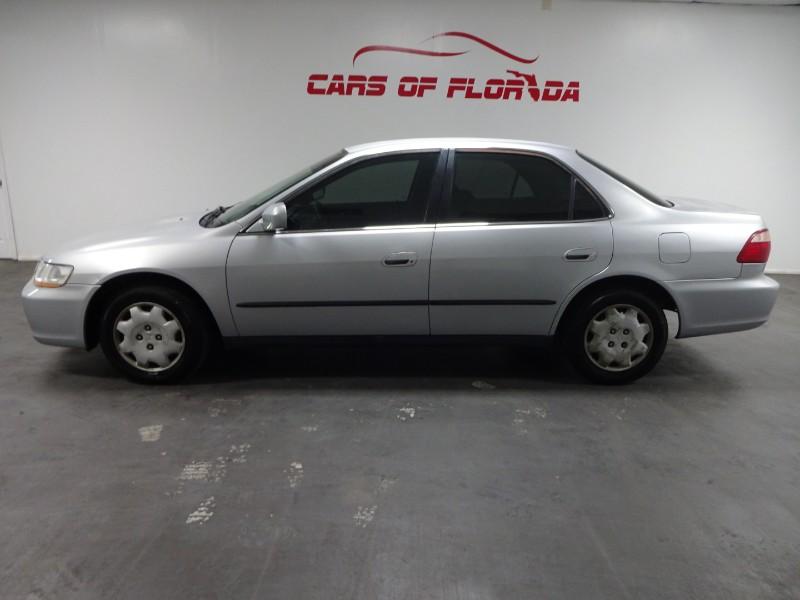 Honda Accord LX sedan 2000