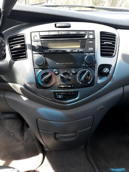 2005 Mazda MPV LX