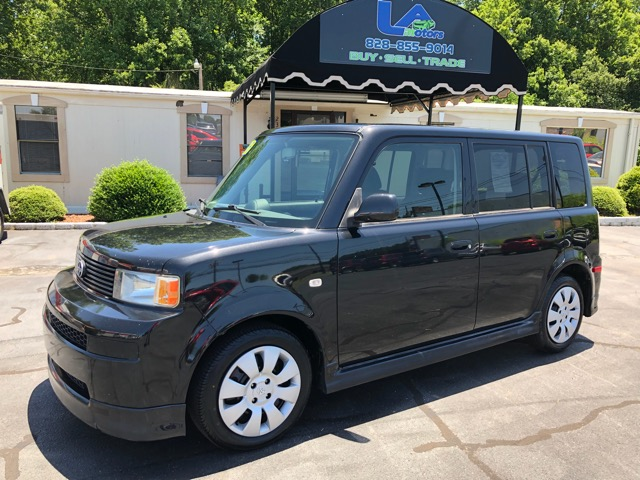 2006 Scion xB 5-Door Wagon 4-Spd AT