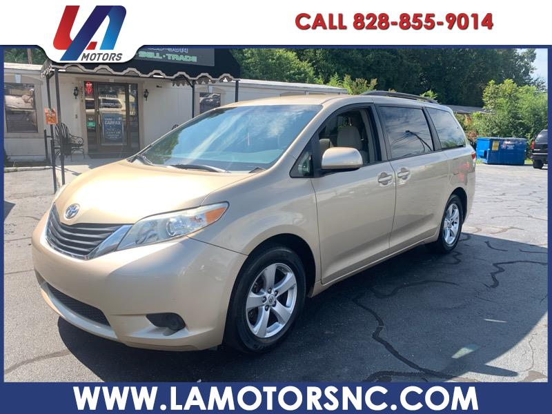 2011 Toyota Sienna 5dr 7-Pass Van LE FWD (Natl)