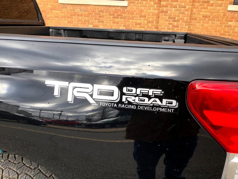 2010 Toyota Tundra Tundra-Grade CrewMax 5.7L 4WD