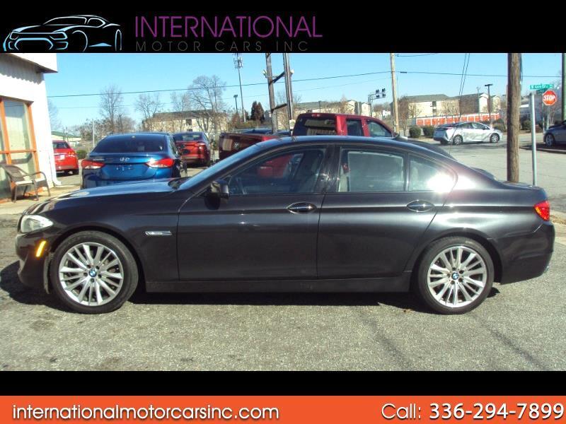 BMW 5-Series 550i 2011