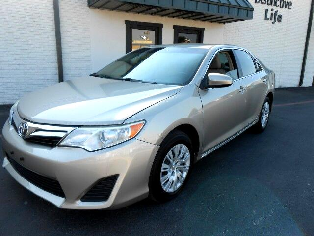 2013 Toyota Camry 2014.5 4dr Sdn I4 Auto LE (Natl)