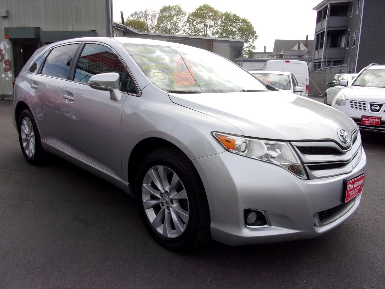 Toyota Venza LE I4 AWD 2013