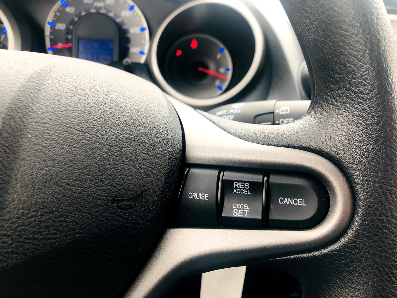 Honda Fit 5-Speed AT 2011