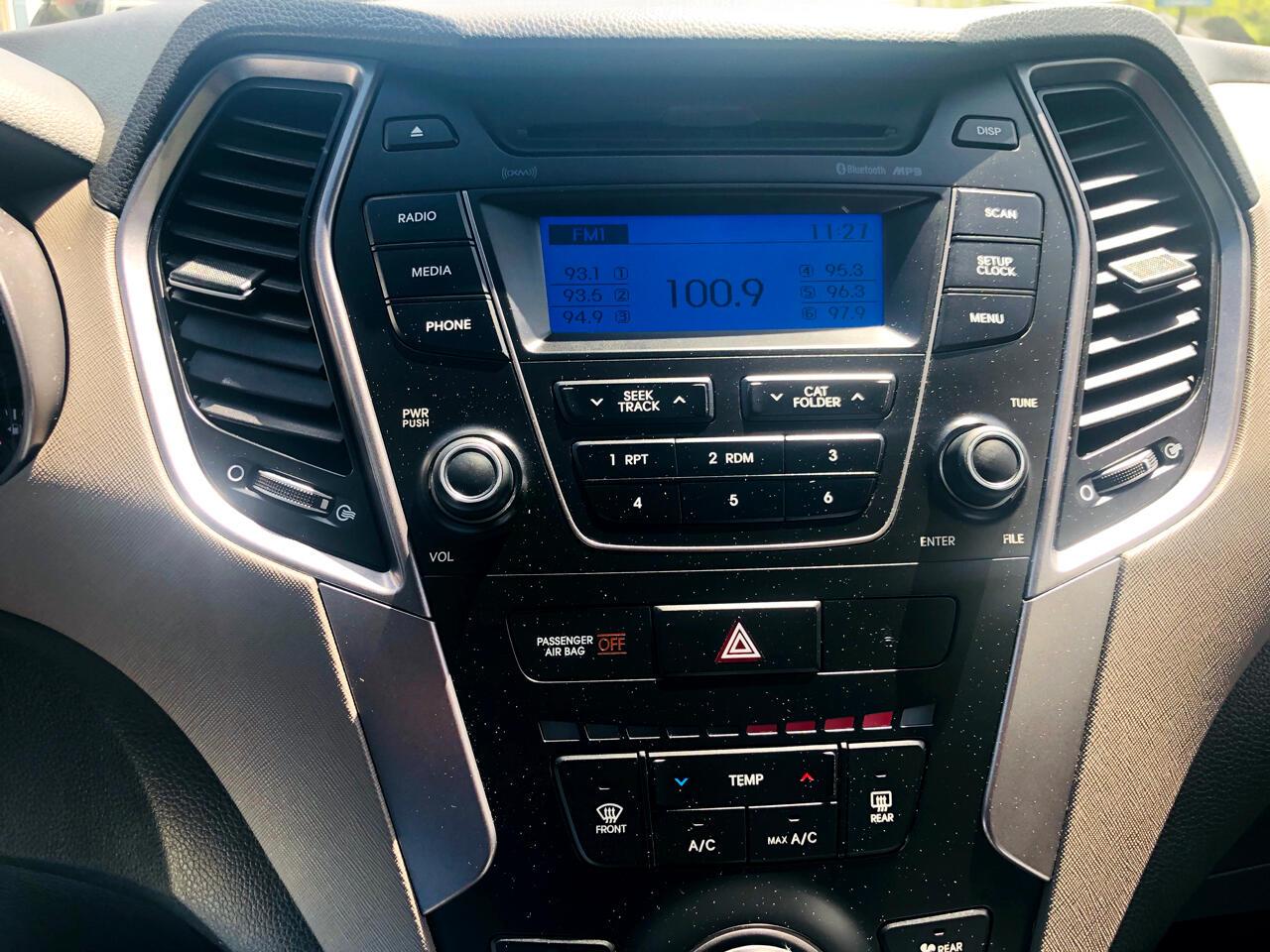 Hyundai Santa Fe GLS FWD 2013