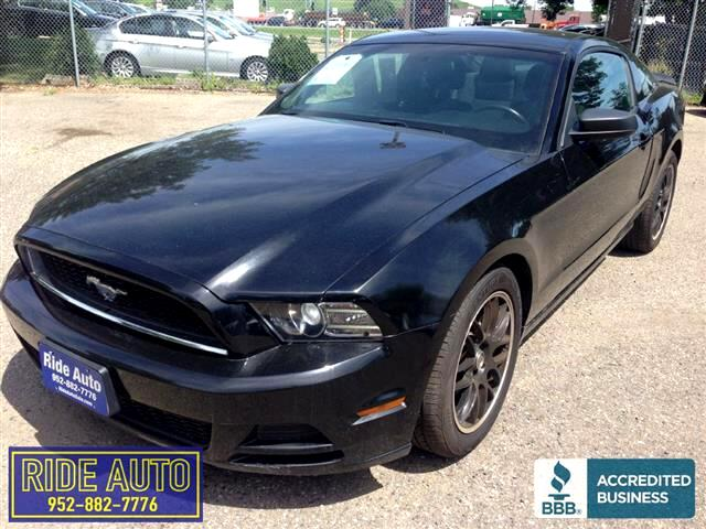 2014 Ford Mustang Pony package, 2 door hard top, 305hp V6