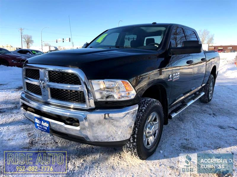 2014 Dodge Ram 2500 SLT, Crew cab 4 door, SHORT BOX, 6.7 Cummins Diese