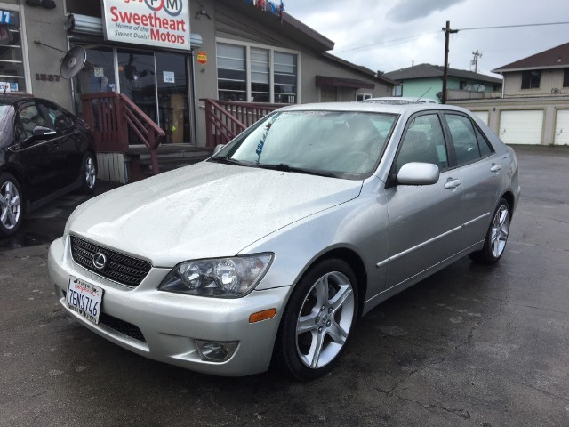 2005 Lexus IS 300 4dr Sdn