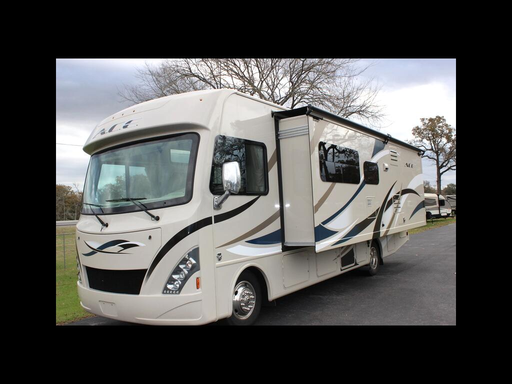"""2017 Ford F-53 Motorhome Stripped Chassis 158"""" WB"""