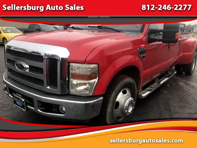2009 Ford F-350 SD XLT Pickup 4D 8 ft