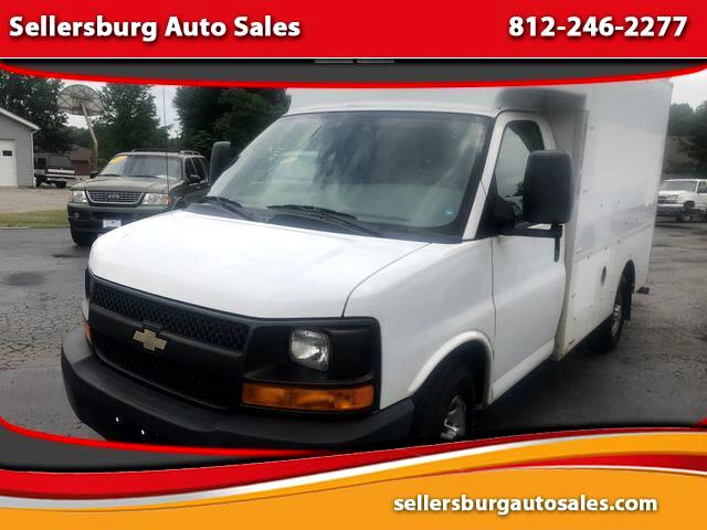 2013 Chevrolet Express Van 2D