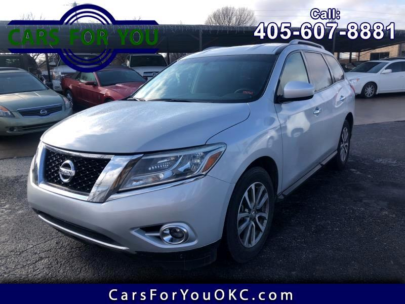 Nissan Pathfinder Base 2016