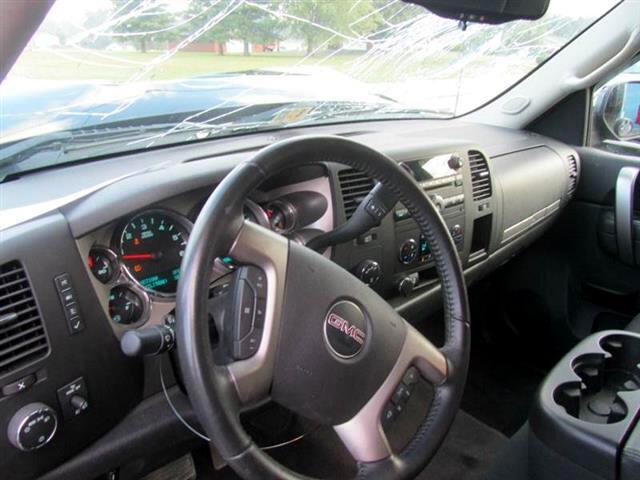 2013 GMC Sierra 1500 SLE Ext. Cab 4-Door Short Bed 4WD