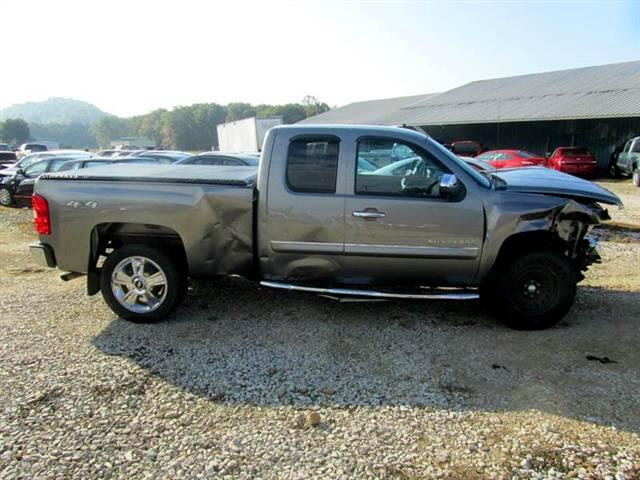 2012 Chevrolet Silverado 1500 LT Ext. Cab 4-Door Short Bed 4WD