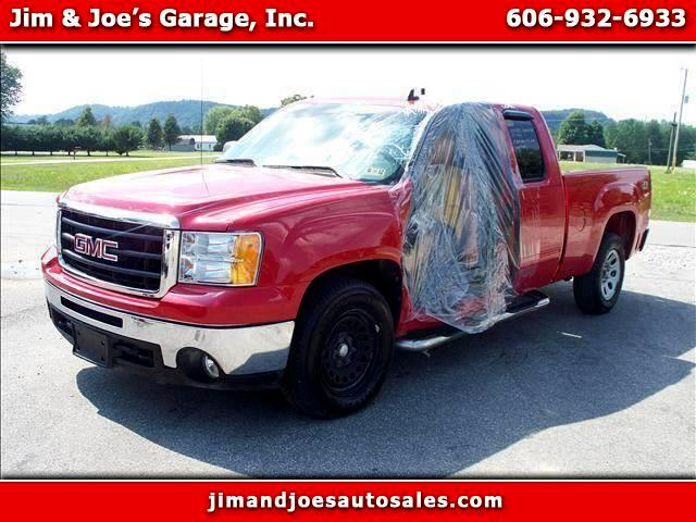 2010 GMC Sierra 1500 SLE Ext. Cab 4-Door Short Bed 4WD