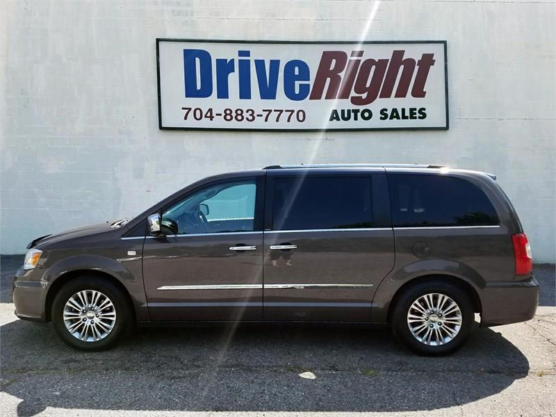 2014 Chrysler Town & Country 4dr Wgn Touring w/Leather 30th Anniversary