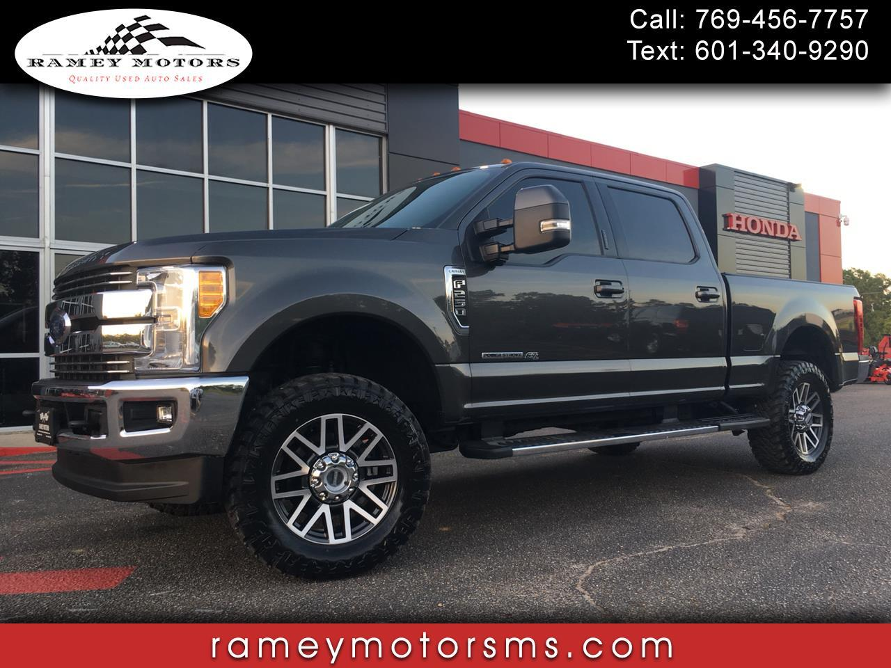2017 Ford F250 4WD CREWCAB LARIAT CUSTOM LEVELED