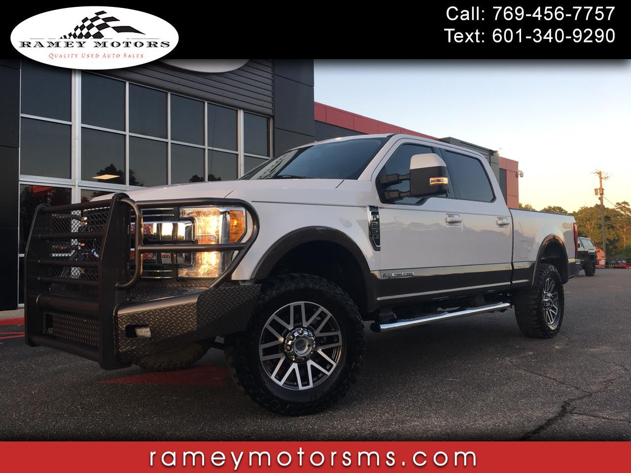 2017 Ford F250 4WD CREWCAB CUSTOM LEVELED LARIAT