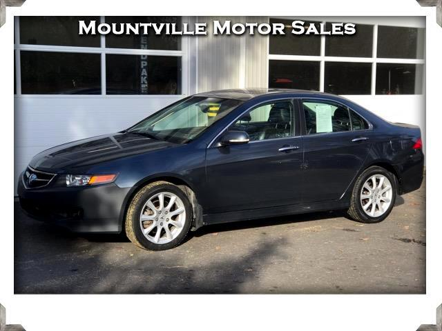2006 Acura TSX 6-Speed MT with Navigation