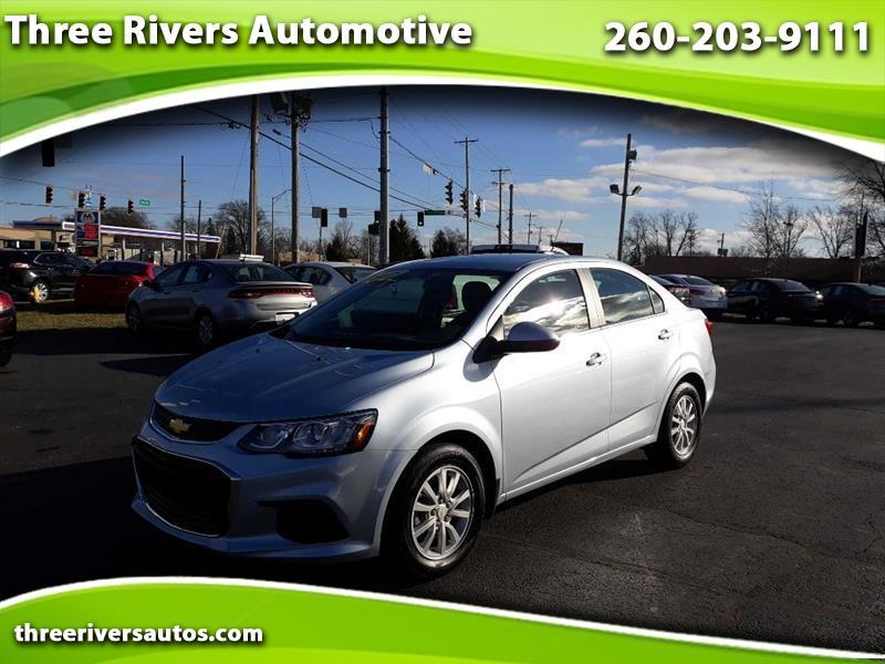 Chevrolet Sonic LT Manual Sedan 2018