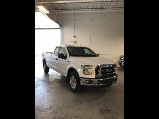 2016 Ford F-150 XLT Pickup 4D 8 ft