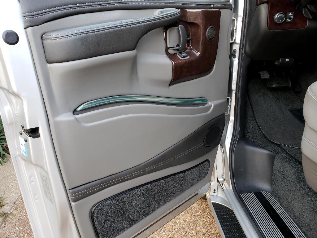2015 GMC Savana G2500 Explorer Hightop Limited SE