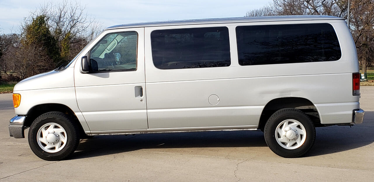 2005 Ford Econoline E-350 XLT Super Duty