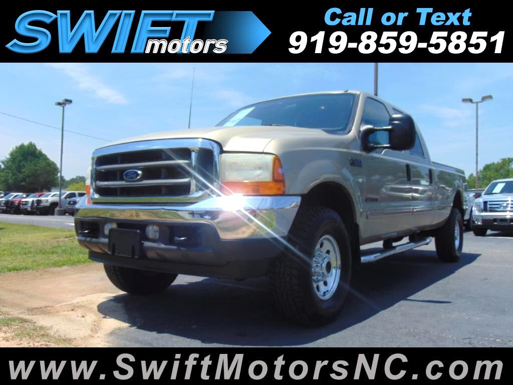 2001 Ford Super Duty F-350 SRW XLT 4WD