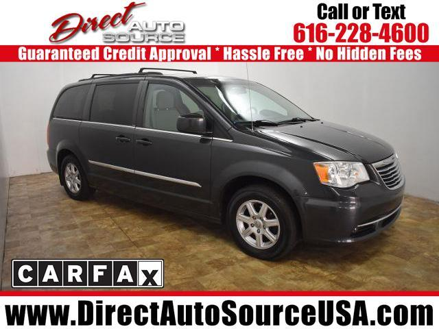 2011 Chrysler Town & Country 4dr Touring FWD