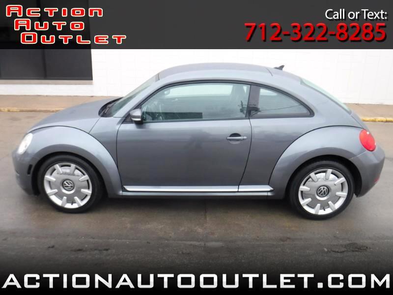 2012 Volkswagen Beetle 2dr Cpe Auto 2.5L w/Sound/Nav PZEV
