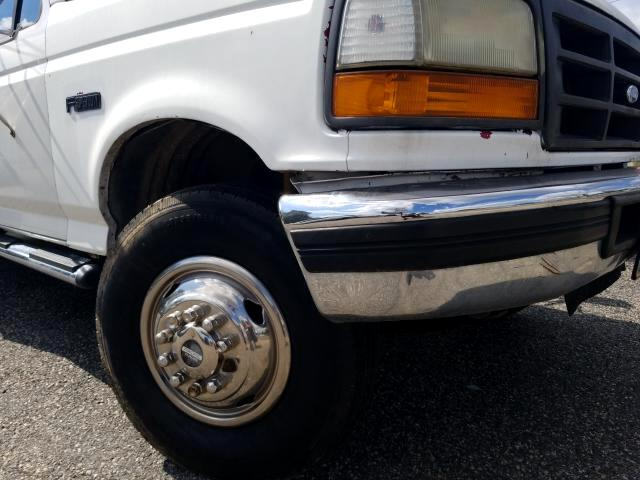 1996 Ford F-450 Regular Cab DRW 2WD
