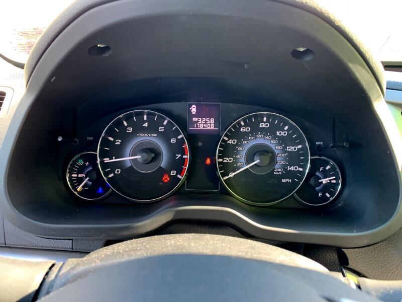 2010 Subaru Outback 2.5i Premium
