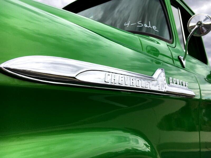 1958 Chevrolet Trucks Pickup Apache 3100