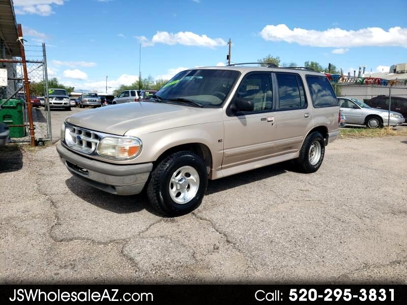 Ford Explorer XLT 4-Door AWD 1996