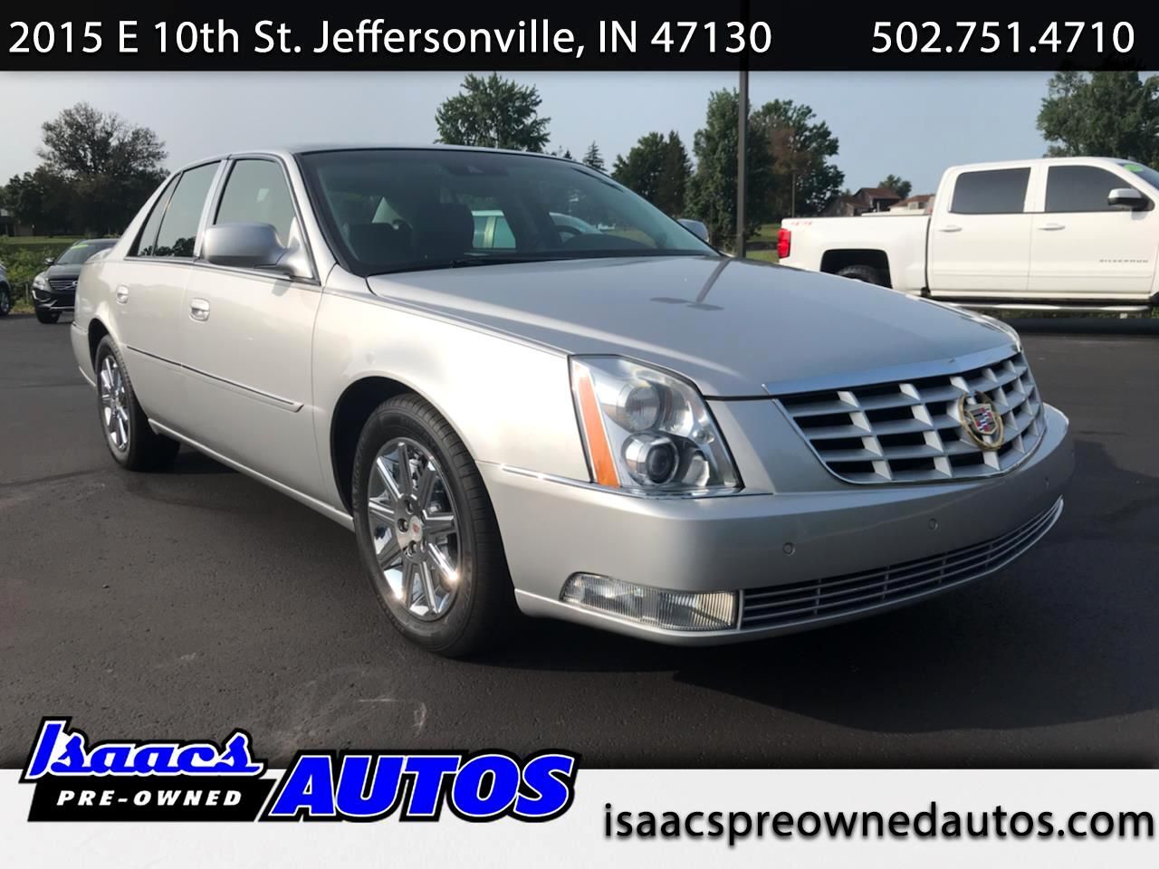 Cadillac DTS 4dr Sdn Premium Collection 2011