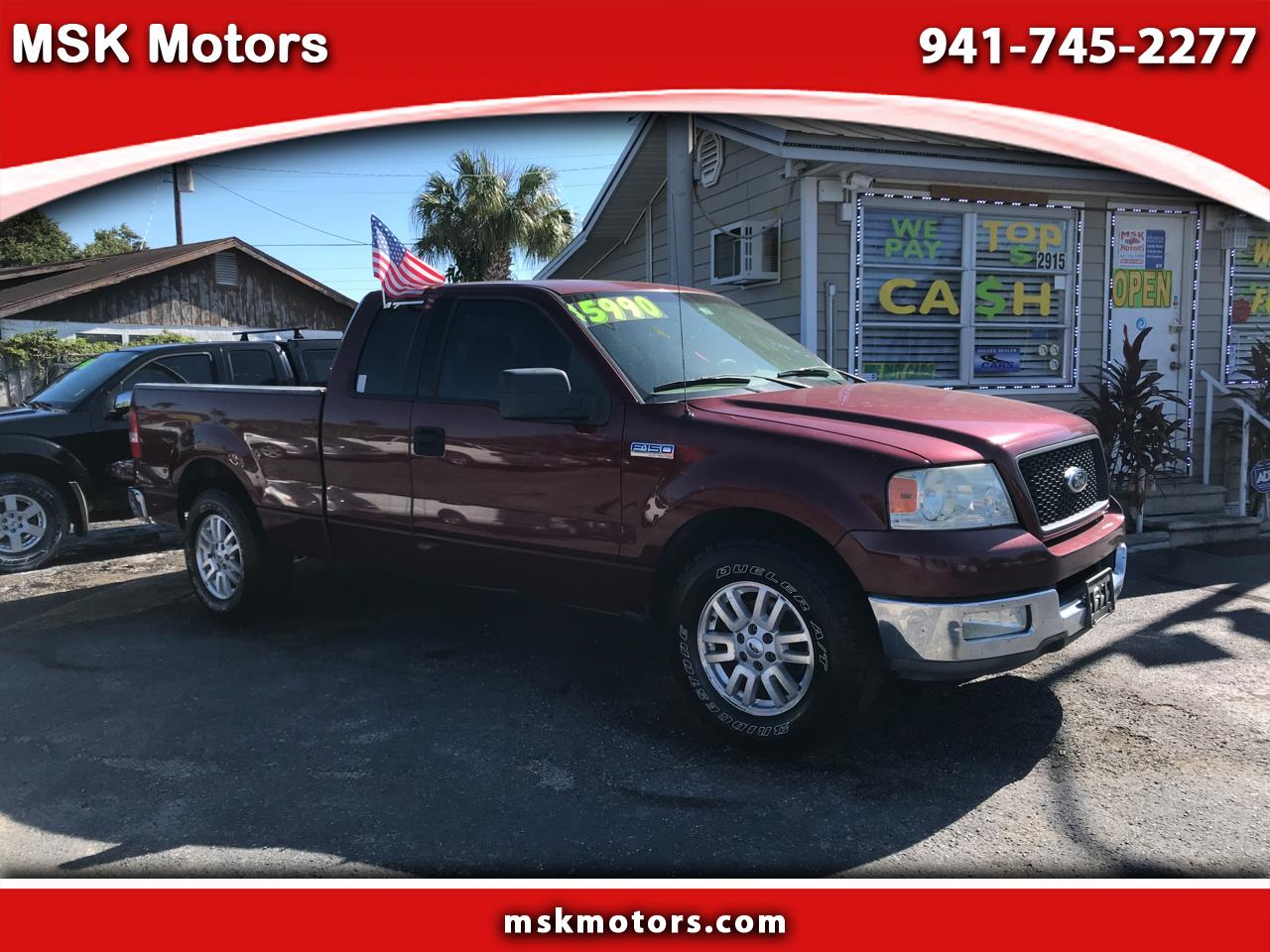 "Ford F-150 2WD SuperCab 145"" XLT 2004"