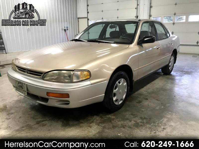 1996 Toyota Camry DX
