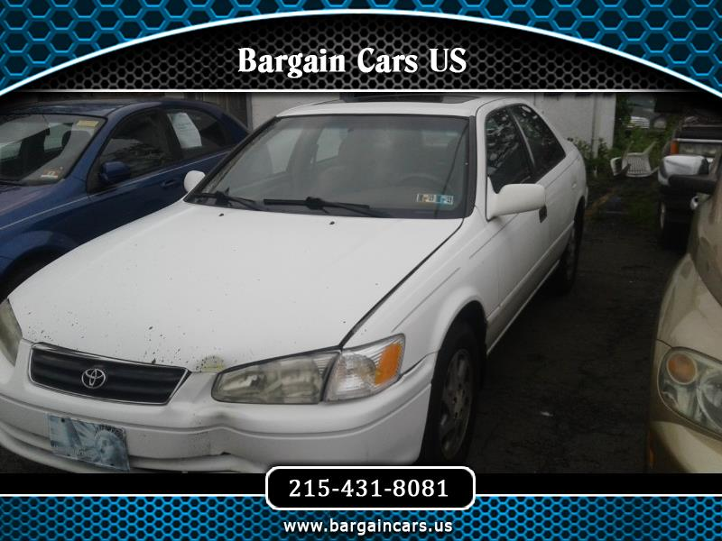 Toyota Camry LE V6 2000