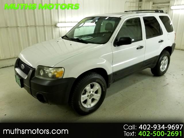 2005 Ford Escape XLT 4WD ***LOW MILES!!***