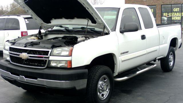 2007 Chevrolet Silverado Classic 2500HD LS Ext. Cab 2WD