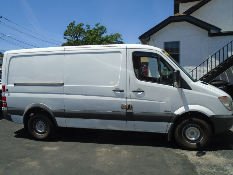 2012 Mercedes-Benz Sprinter Cargo Vans 2500 144