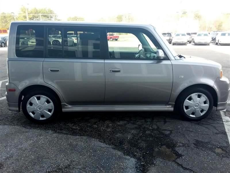 2006 Scion xB Wagon