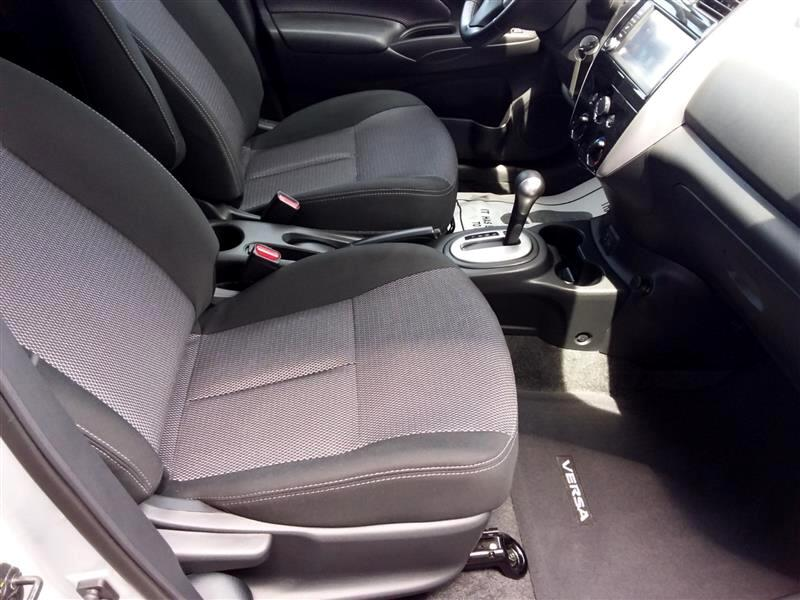 2018 Nissan Versa 1.6 S 5M
