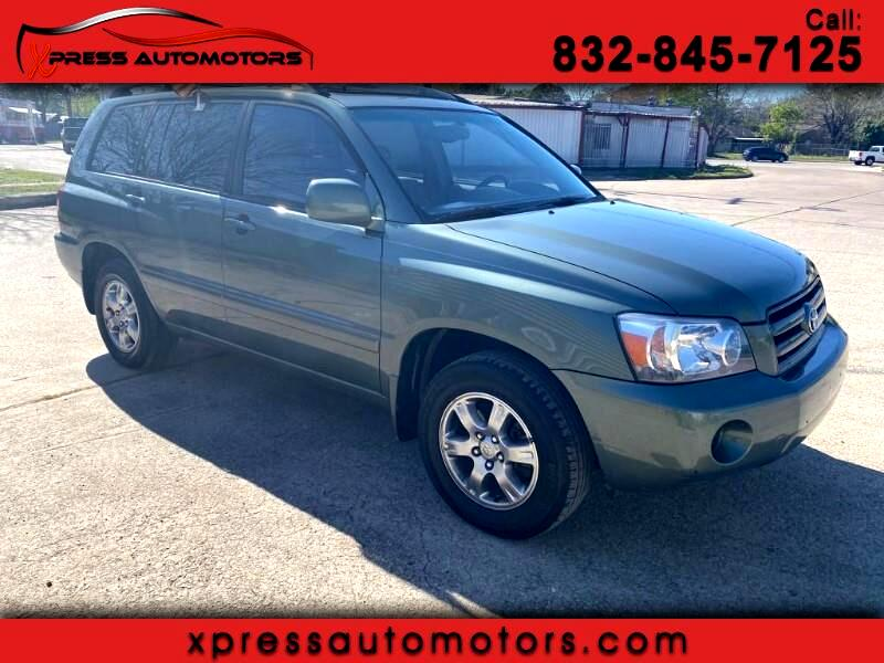 Toyota Highlander V6 2WD with 3rd-Row Seat 2004