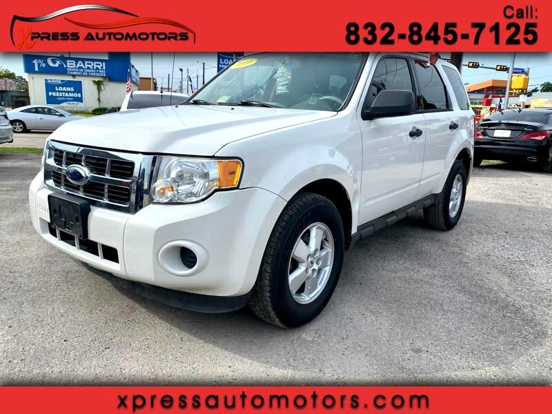Ford Escape FWD 4dr I4 Auto XLT 2010